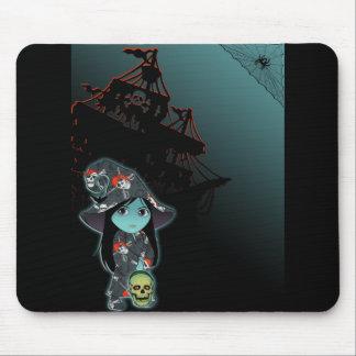 Bruja de Lil en traje del pirata Alfombrilla De Ratón