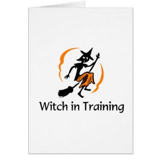 Bruja en el entrenamiento 2 tarjeta de felicitación