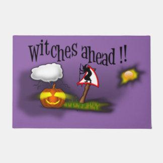 Brujas a continuación