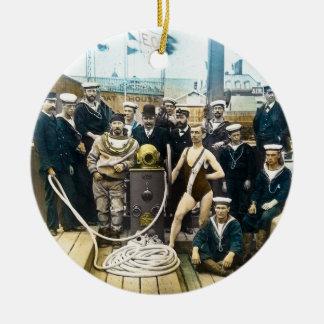 Buceador naval real 1891 del casco de protección adorno redondo de cerámica