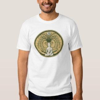 Buda debajo del árbol de Bodhi Camisetas