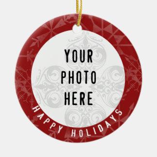Buenas fiestas copo de nieve del rojo de 2 fotos adorno navideño redondo de cerámica