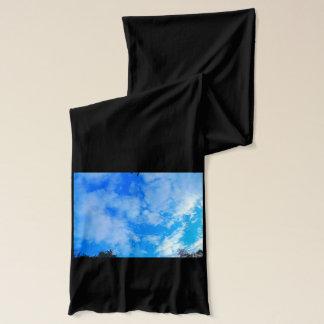 Bufanda del jersey del negro del cielo azul