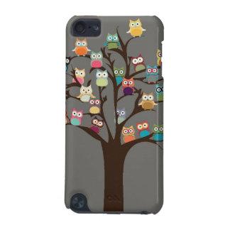 Búho lindo en fondo del árbol el | funda para iPod touch 5G
