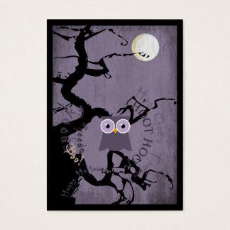 Búho y árbol Gnarled espeluznante para Halloween Tarjeta De Negocios