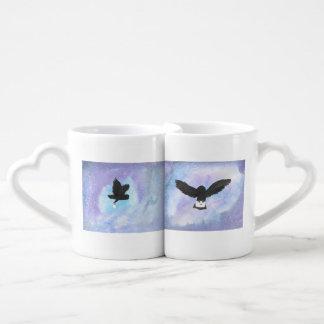 Búhos con el sistema de la taza de café del correo