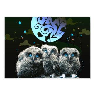 Búhos del bebé bajo claro de luna invitación 12,7 x 17,8 cm