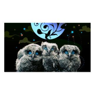 Búhos del bebé bajo claro de luna tarjetas de visita