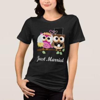 Búhos divertidos del amor del boda: Camiseta de la