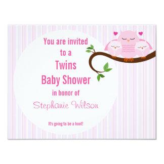 Búhos rosados de los gemelos un pitido de una invitación 10,8 x 13,9 cm