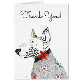 Bull terrier con la tarjeta de felicitación del