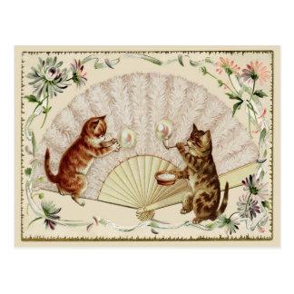 Burbujas del gatito y postal de la reproducción