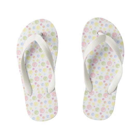 Burbujas en colores pastel bonitas chanclas para niños