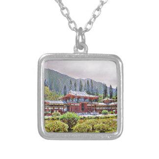 Byodo-En el templo Oahu Collar Plateado