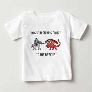 Caballero a la camiseta del niño del rescate