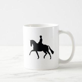Caballo del Dressage y taza del jinete