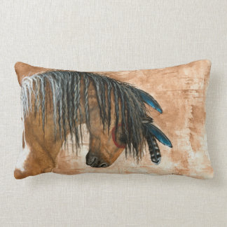 Caballo del nativo americano por la almohada de