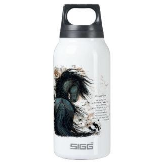 Caballo frisio majestuoso de DreamWalker por Botella De Agua