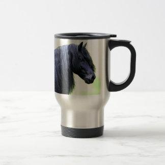 caballo frisio taza de viaje