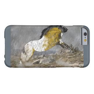 Caballo salvaje del Appaloosa del ante Funda Barely There iPhone 6