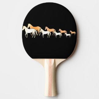 Caballos del equipo pala de ping pong