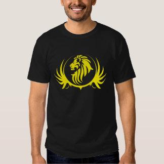 Cabeza amarilla majestuosa del león camisetas