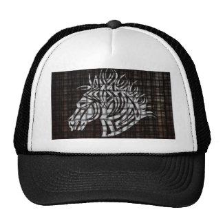 Cabeza de caballos estilizada en un fondo tejido gorras
