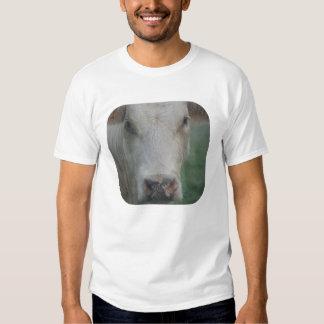 Cabeza grande de la vaca camisetas