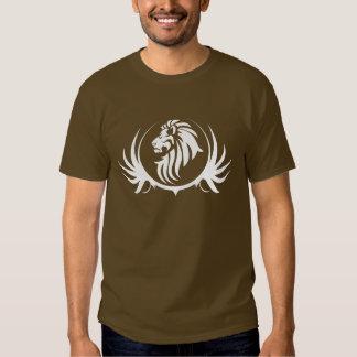 Cabeza majestuosa del león camiseta