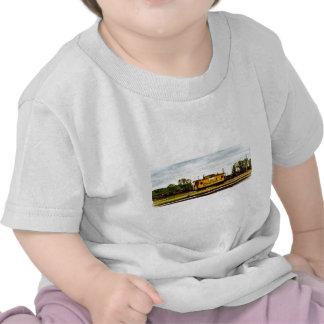 Caboose del sistema de Chessie en Toledo, OH 1996 Camisetas