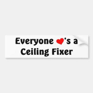 Cada uno ama un fijador del techo pegatina para coche