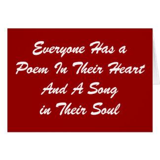 Cada uno tiene una tarjeta del poema