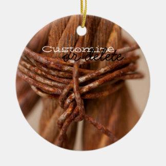 Cadena trenzada con el alambre aherrumbrado; ornamento de navidad