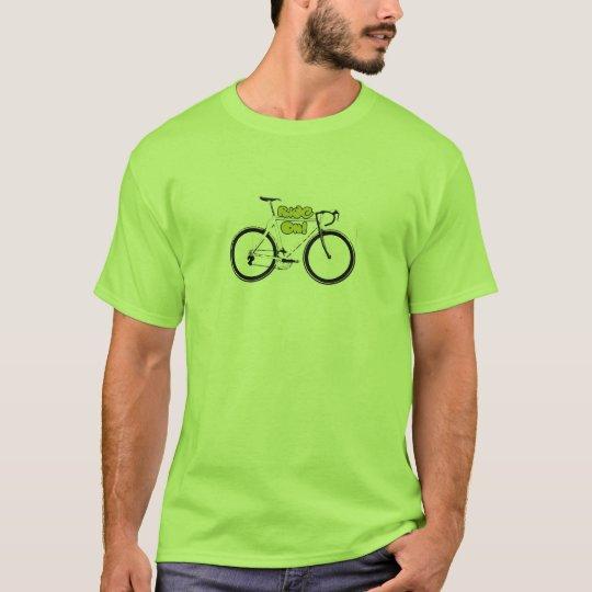 Cadera y camiseta de ciclo fresca