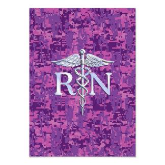 Caduceo del RN de la enfermera registradoa en Camo Invitación 12,7 X 17,8 Cm