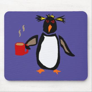 Café de consumición del pingüino divertido alfombrilla de ratón