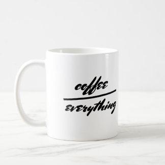 café de la taza de la cita del humor sobre todo