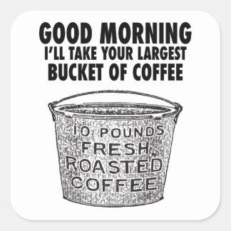 Café por el cubo pegatina cuadrada