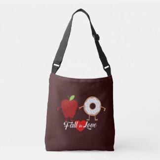 Caída en bolso del buñuelo de Apple de amor