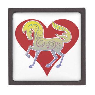 Caja 2017 de regalo del corazón de Runequine de la