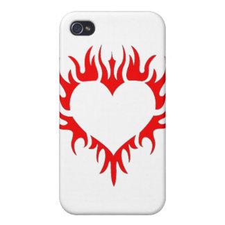 Caja ardiente de iPod del corazón iPhone 4 Coberturas