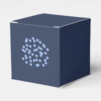 Caja clásica del favor de los lunares azules