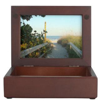 Caja De Recuerdos Acceso de la playa
