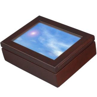 Caja De Recuerdos Sun en el fondo del cielo - 3D rinden