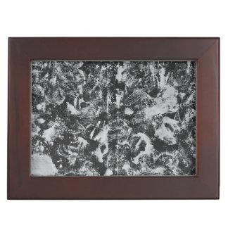 Caja De Recuerdos Tinta blanca en el fondo negro #1