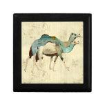 Caja de regalo azul soñadora de los camellos