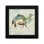Caja de regalo azul soñadora de los camellos II