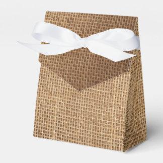 Caja de regalo del favor con la lona marrón
