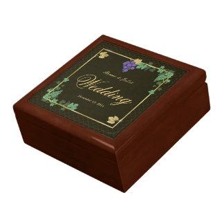 Caja de regalo elegante de boda de las vides de