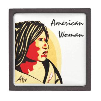"""Caja De Regalo """"Mujer americana"""" por Aleta"""